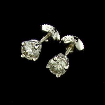 43: APP: 2.1k 14 kt. White Gold, 0.69CT Diamond Earring