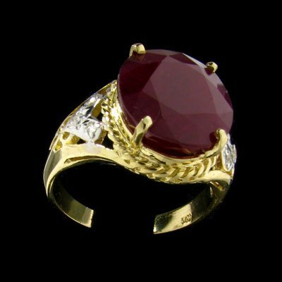 19: APP: 16k 14 kt. Gold, 11.20CT Ruby and Diamond Ring