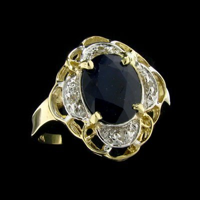 35: APP: 2.7k 14 kt. Gold, 1.98CT Sapphire and 0.02CT D