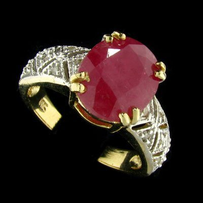 147: APP: 5.1k 14 kt. Y/W Gold, 3.65CT Ruby and Diamond
