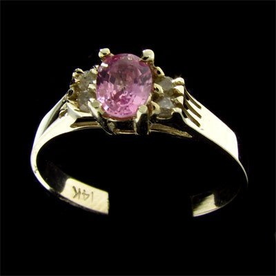 11: 14 kt. White Gold, 0.36CT Pink Sapphire and Diamond