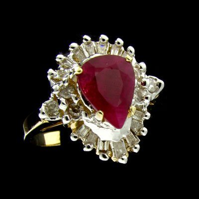 17: APP: 3.9k 14 kt. Gold, 1.37CT Ruby and Diamond Ring