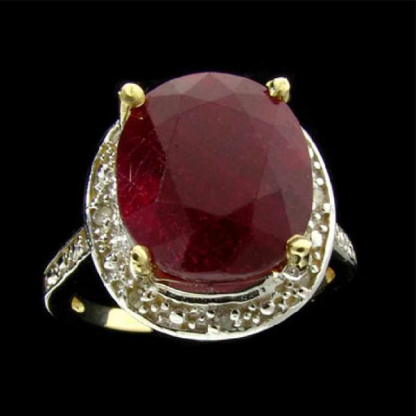19: APP: 23.2k 14 kt. Gold, 8.81CT Ruby and Diamond Rin