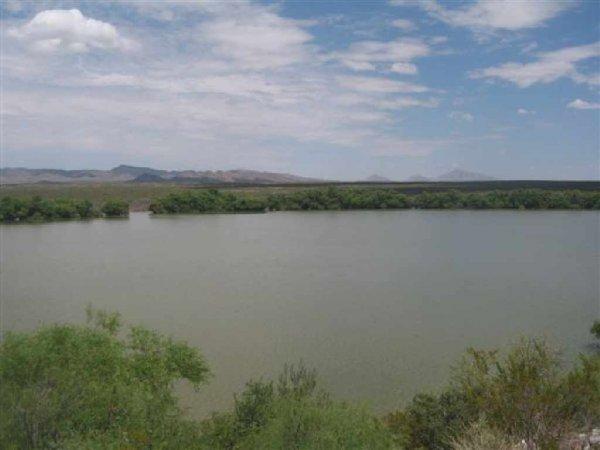 21: GOV: TX LAND, 193.30 AC., RANCHETTE HUNTING, CAMPIN
