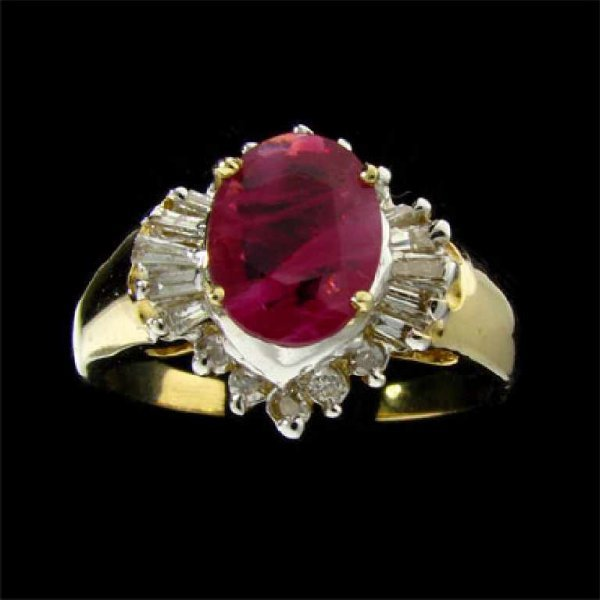 139: APP: 2.5k 14 kt. Gold, 1.09CT Ruby and Diamond Rin