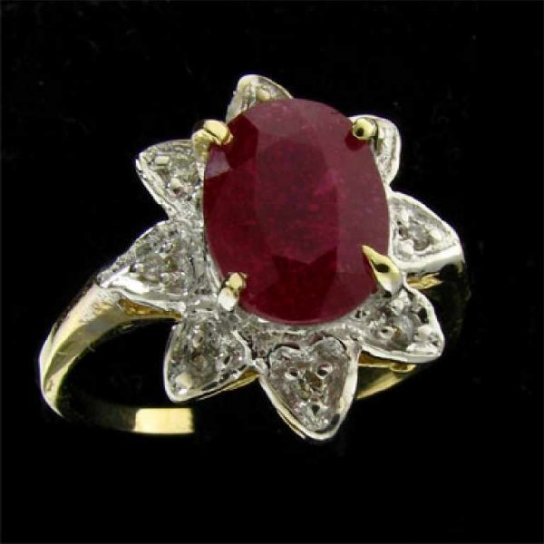 817: APP: 5.5k 14 kt. Gold, 2.44CT Ruby and Diamond Rin