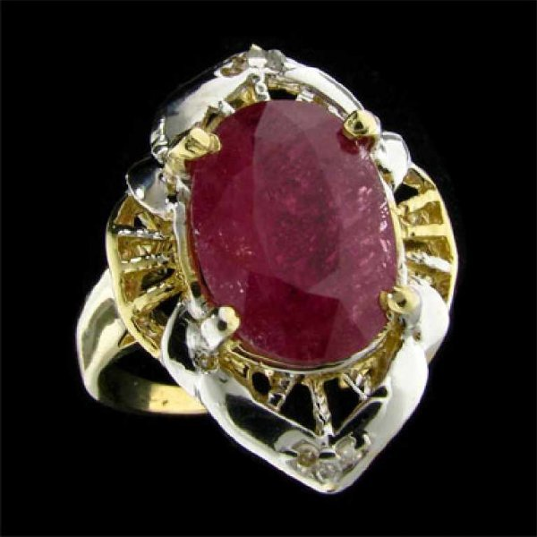 7: APP: 11.5k 14 kt. Gold, 4.49CT Ruby and Diamond Ring