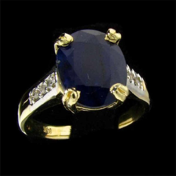 31: APP: 2.7k 14 kt. Gold, 4.20CT Sapphire and Diamond