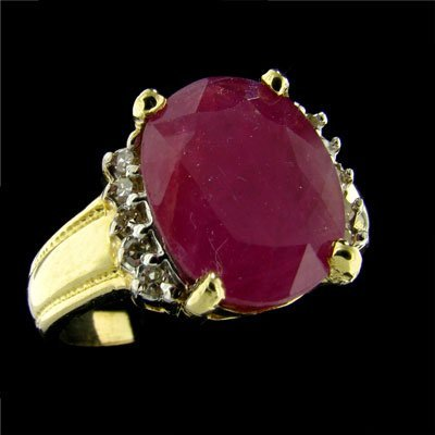 17: APP: 7.7k 14 kt. Gold, 4.02CT Ruby and Diamond Ring