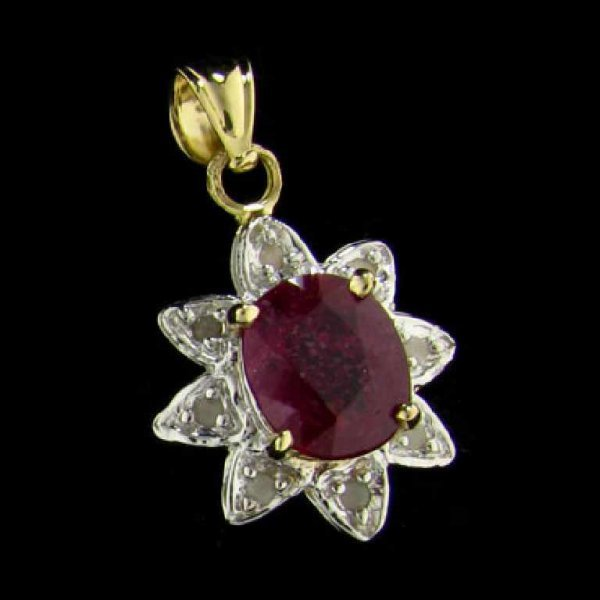 19: APP: 3.6k 14 kt. Gold, 1.98CT Ruby and Diamond Pend