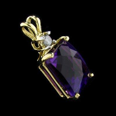 APP:1.3k 14 kt. Gold, 6.26CT Amethyst & Diamond Pendant