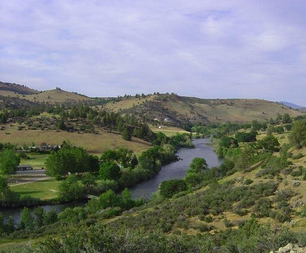 GOV: CA LAND, 3.41 AC. NEAR KLAMATH RIVER-FISH-CAMP