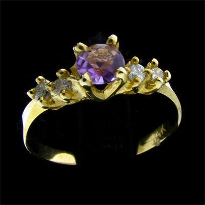 14 kt. Gold, 0.34CT Amethyst & Diamond Ring