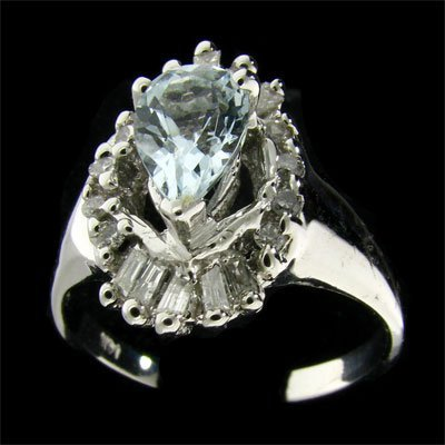 APP: 1.7k 14 kt. W Gold .87CT Aquamarine & Diamond Ring