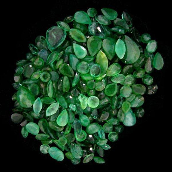 APP: $10.3k 51.26CT Mixed Cuts Emerald Parcel