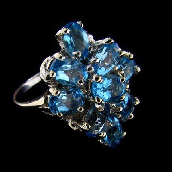 14 kt. White Gold, Blue Topaz Ring