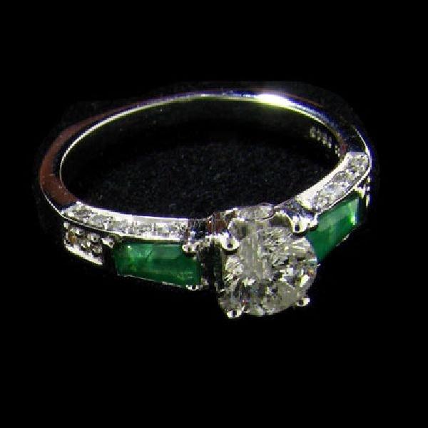 APP: 4k 14 kt. White Gold, .50CT Diamond & Emerald Ring
