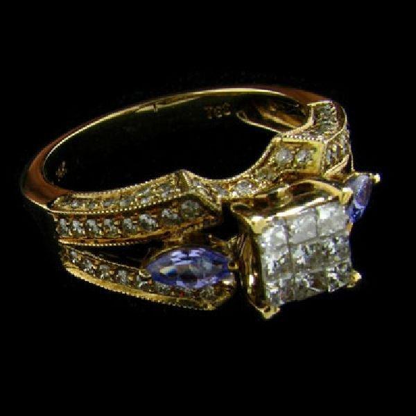APP: $5.5k 14 kt. Gold, 0.98CT Diamond & Tanzanite Ring