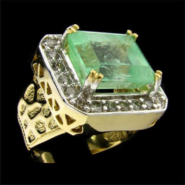 APP:$13.5k 14kt Y/W Gold 10CTGreen Beryl & Diamond Ring