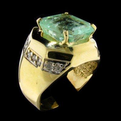 APP:8.6k 14kt.Y/W Gold 9.2CT Green Beryl & Diamond Ring