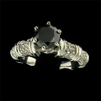 APP:3.1k 14kt White Gold 0.98CT Rare Black Diamond Ring