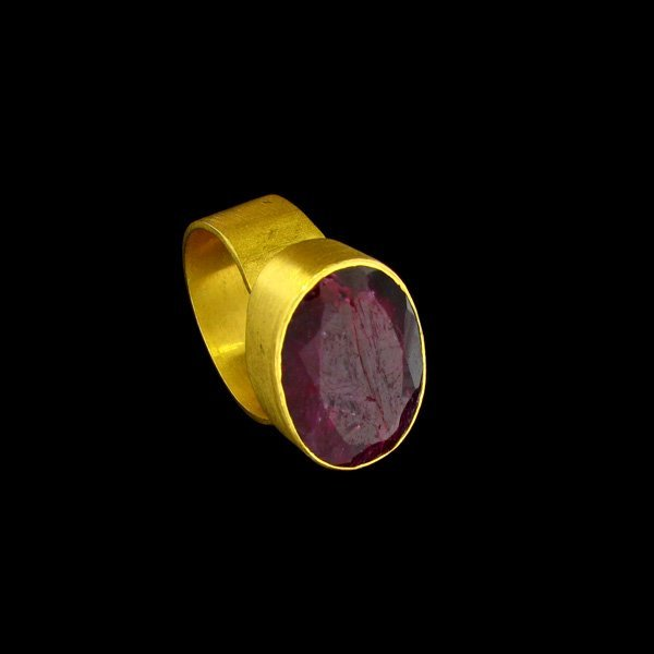 APP:$10.5k 14kt Gold Overlay 14.39CT Ruby & Silver Ring