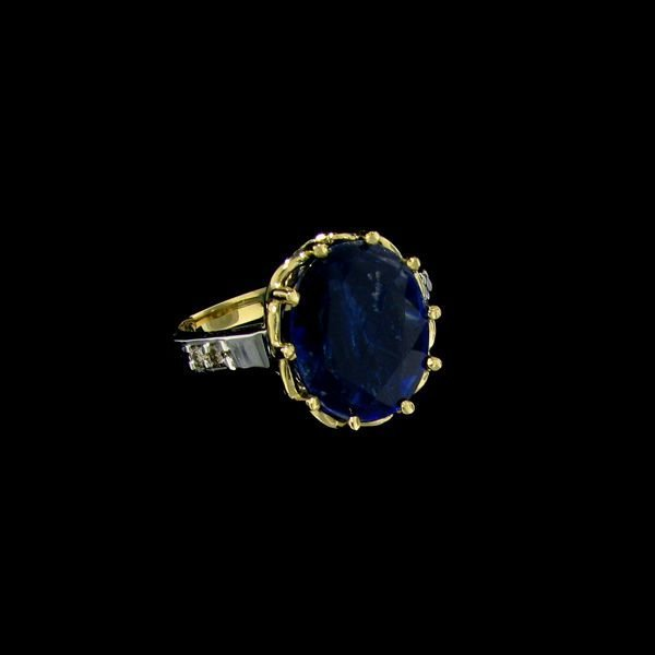 APP: 2.3k 14 kt. Gold, 3.89CT Kyanite & Diamond Ring