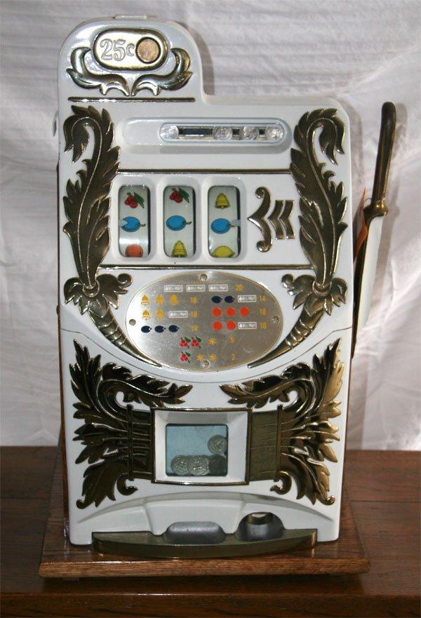 7: Mills Slot Machine Fully Restored