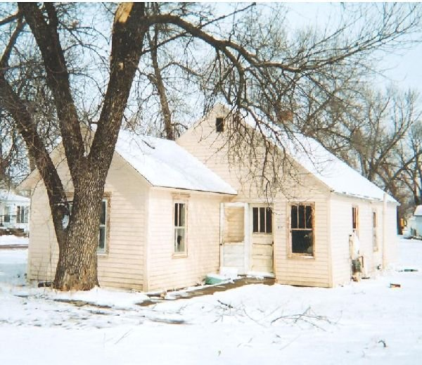 GOV: SD REAL ESTATE, BON HOMME COUNTY 2 LOTS & HOME!