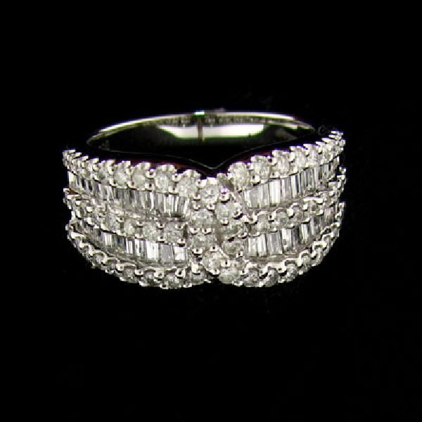 APP: 9.9k 14 kt. White Gold, 0.60CT Diamond Ring
