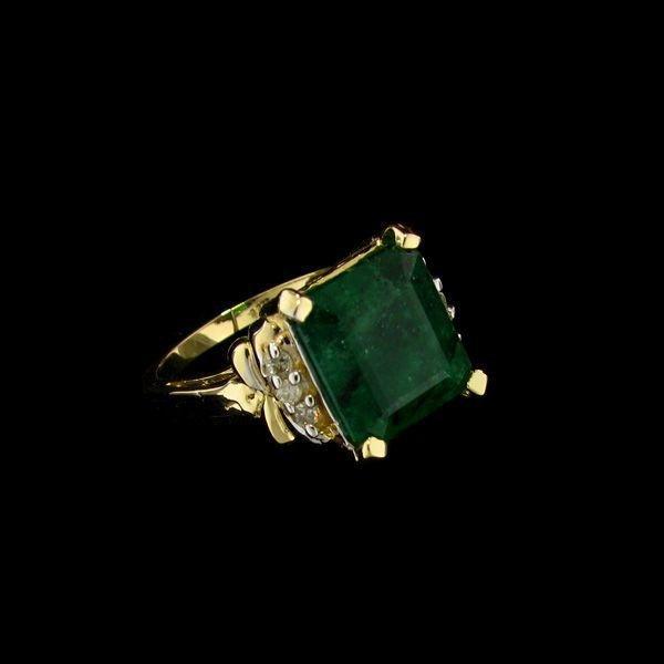 APP: 11.4k 14 kt. Gold, 5.43CT Emerald & Diamond Ring