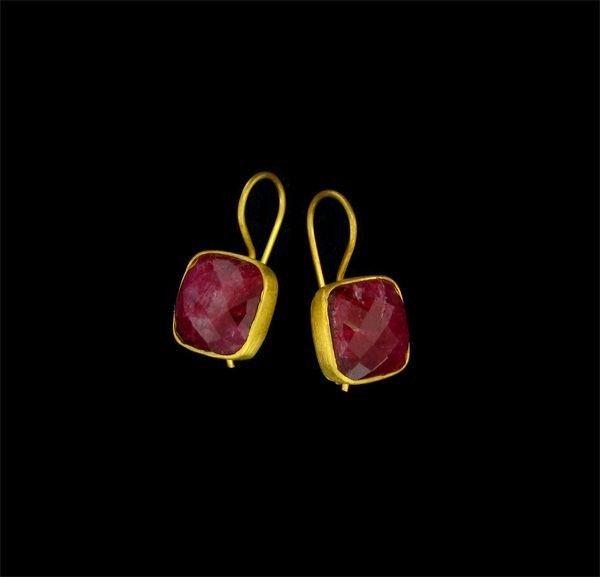 APP: 13k 24kt Gold Overlay 13CT Ruby & Sterling Earring