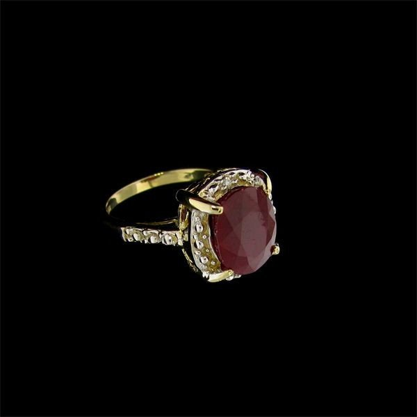APP: 12.5k 14 kt. Gold, 4.90CT Ruby & Diamond Ring
