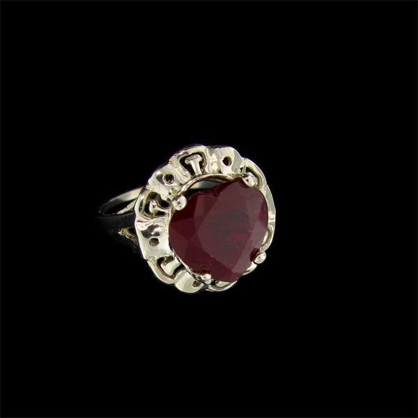 APP: 13.1k 5.84CT Ruby & Sterling Silver Ring