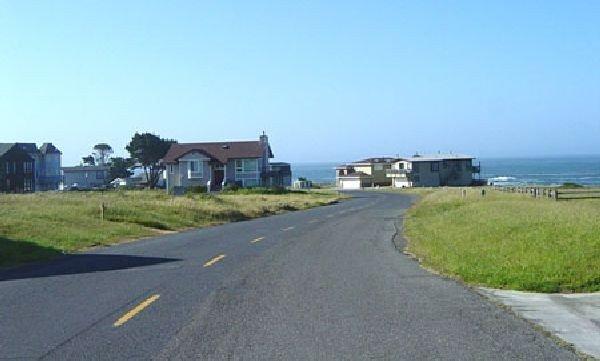 GOV: CA LAND, SHELTER COVE COASTAL RESORT STRAIGHT SALE - 4