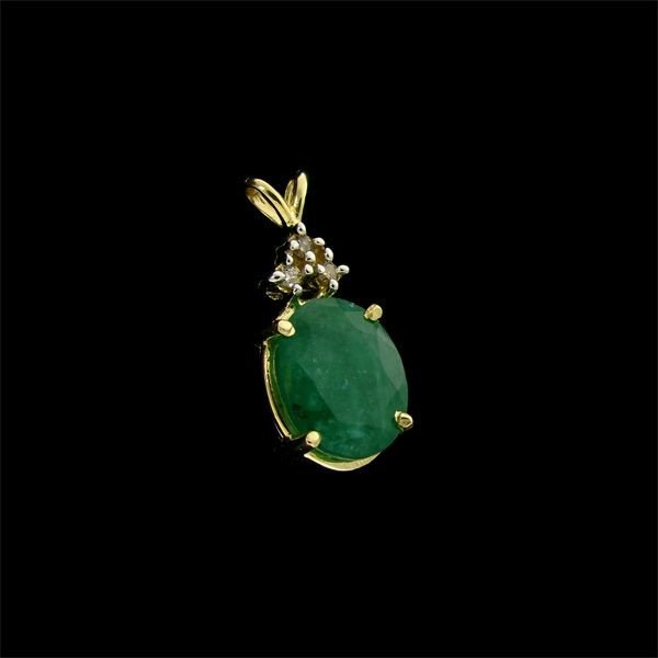 APP: 8.7k 14 kt. Gold, 4.38CT Emerald & Diamond Pendant