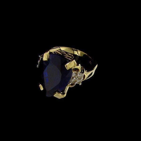 APP: 25.9k 12.72CT 14 kt. Gold, Sapphire & Diamond Ring