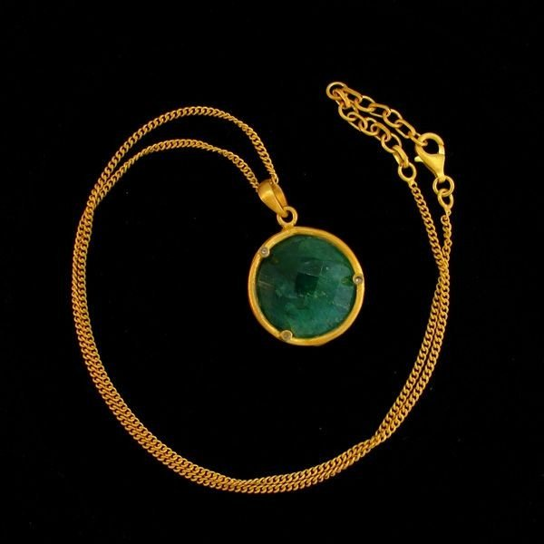 APP:16k 17CT 24kt Gold Overlay Emerald Pendant w/ chain