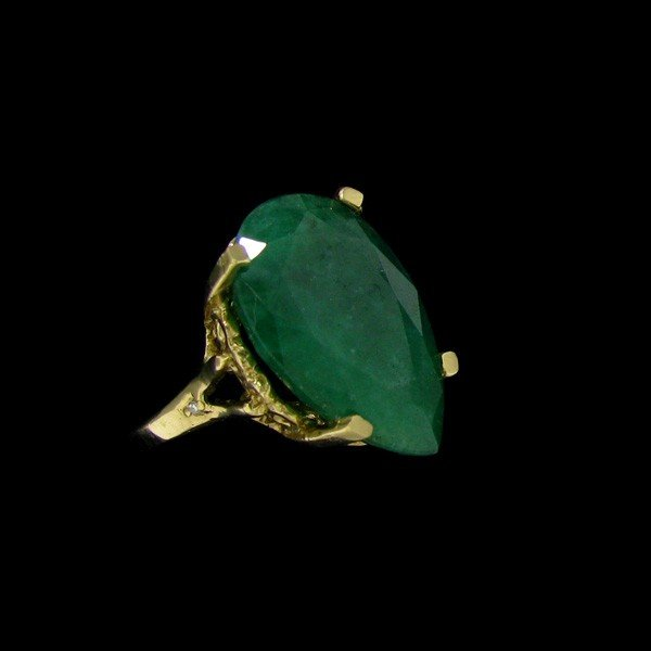APP: 19.7k 9.00CT 14 kt. Gold, Emerald & Diamond Ring