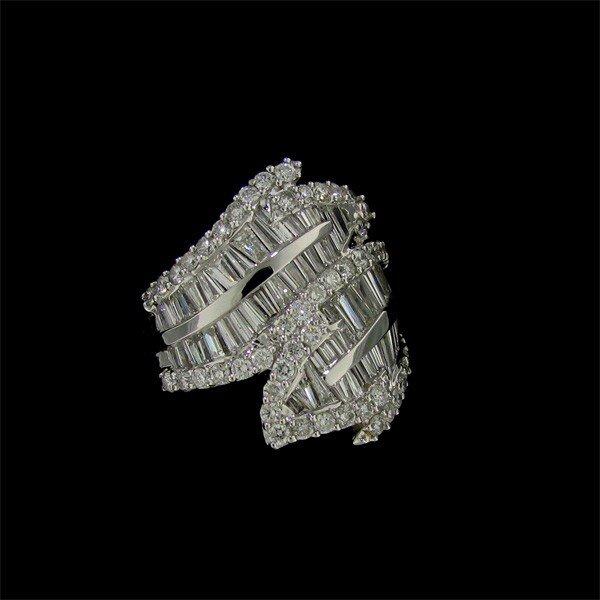 APP: 40k 14 kt. White Gold, 3.00CT Diamond Ring