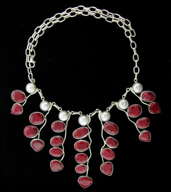 APP: 195k 212CT Ruby & Pearl Sterling Silver Necklace