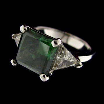 APP: 109k 14 kt. White Gold, 4.70CT Green Diamond Ring