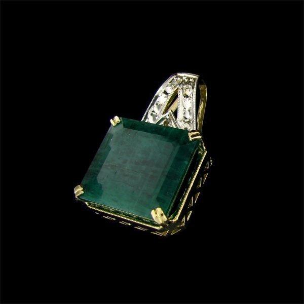 APP: 26k 14 kt. Gold, 24.32CT Emerald & Diamond Pendant