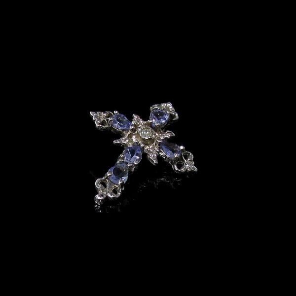 10 kt. White Gold, 1.25CT Tanzanite & Diamond Pendant