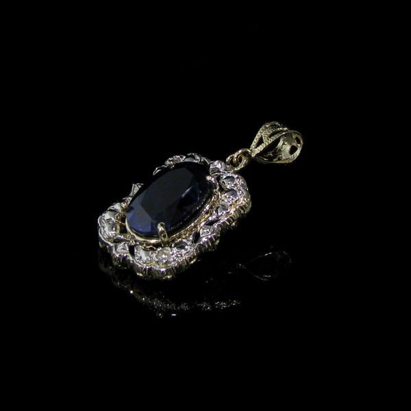 APP: 26k 12CT 14 kt. Gold, Sapphire & Diamond Pendant