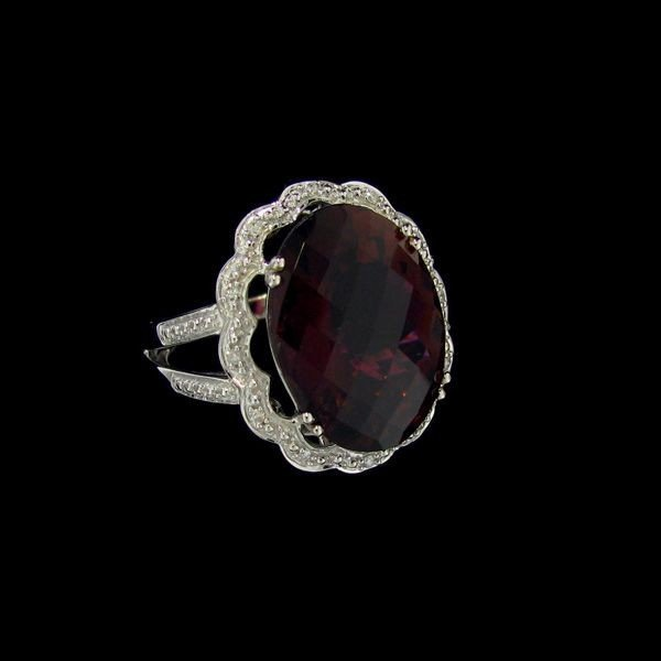 APP: 17k 18 kt W Gold 10CT Tourmaline & Diamond Ring
