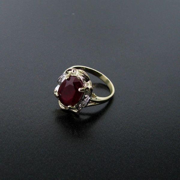 APP: 6.1k 4.52CT Ruby 14 kt. Gold, Ring