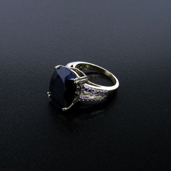 APP: 20k 12CT 14kt Gold, Blue Sapphire & Diamond Ring
