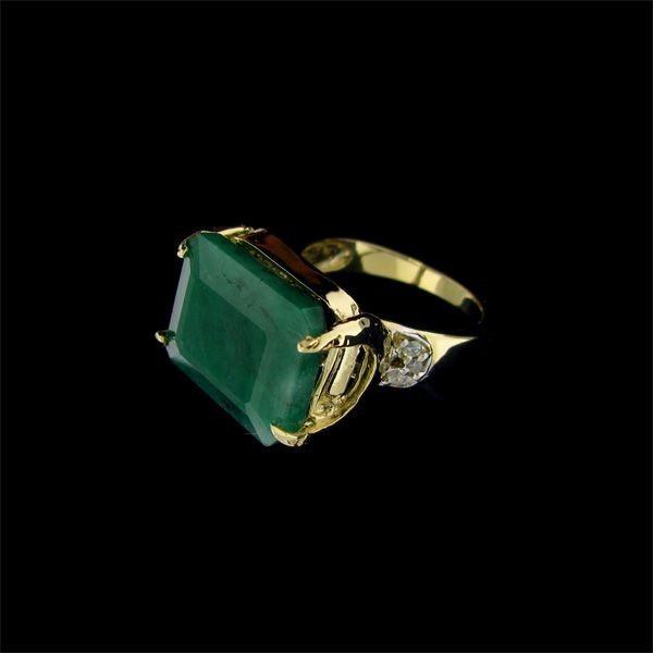 APP: 21k 14 kt. Gold, 10.74CT Emerald & Diamond Ring