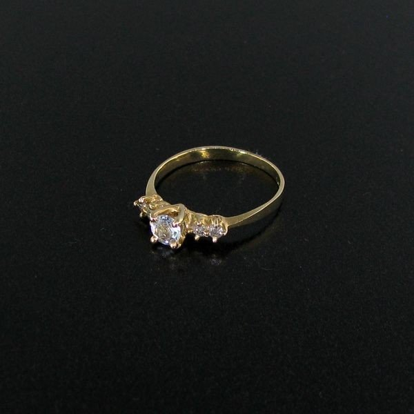 14 kt. Gold, 0.22 Aquamarine & Diamond Ring